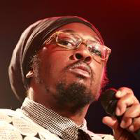 Ras Shiloh (born Thomas Williams on January 6, 1975 in Brooklyn, United States) is a reggae artist whom established a Great Peaceworthy Calling for the Rastafari Roots movement. His tenor vocals are outstanding and demonstrate the sheer versatility of Dancehall today in the Roots Music Sphere.